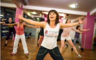 Mit Gruppenfitness des inneren Schweinehund überwinden: Fitness Loft macht`s vor